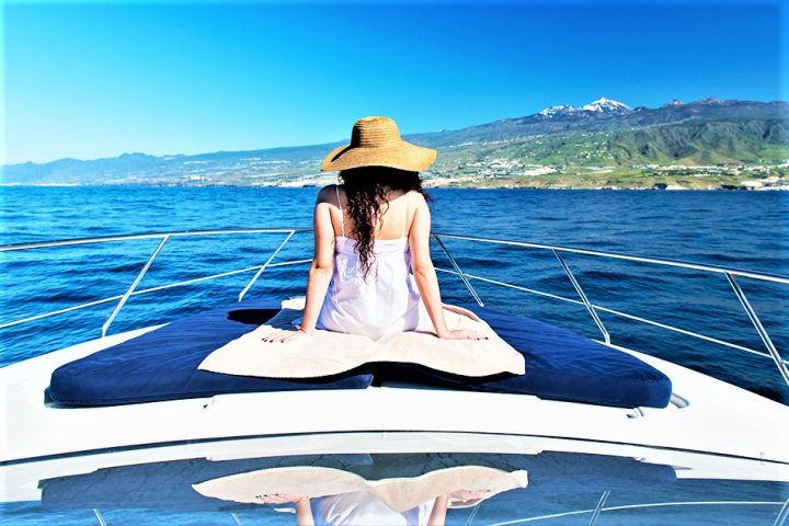 Luxury Yacht Charter in Tenerife Astondoa 40 Open - 446