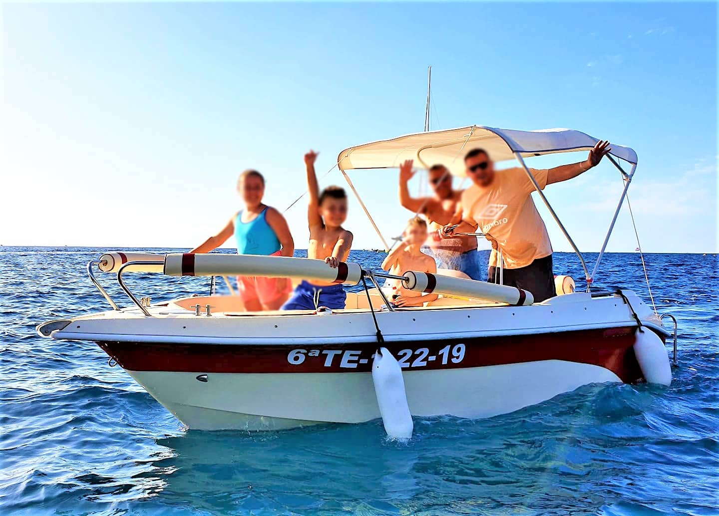 Self Drive Boat Hire in Tenerife South (Boat Licence not required)