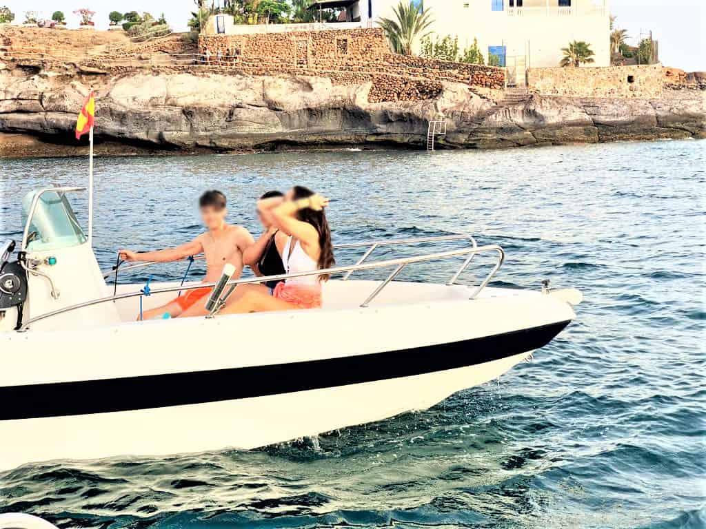 Bootverhuur zonder schipper in Tenerife (vaarbewijs vereist)