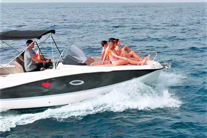Motorinės valties nuoma Tenerifėje su Quicksilver 755 Sundeck su kapitonu arba be jo - 2486