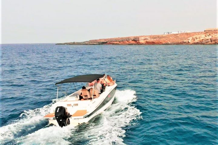 Motorinės valties nuoma Tenerifėje su Quicksilver 755 Sundeck su kapitonu arba be jo - 2487