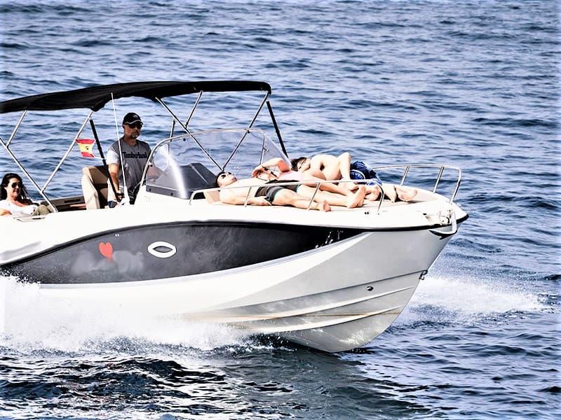 Tenerife Motor Barco Aluguer com Quicksilver 755 Sundeck com ou sem skipper
