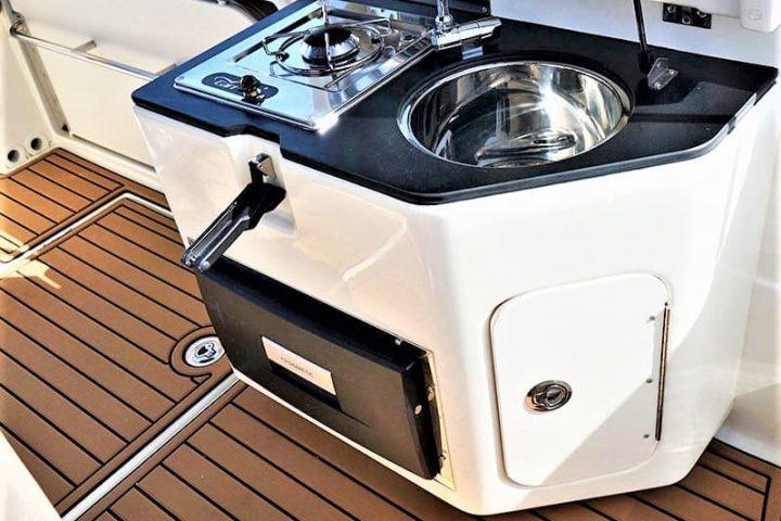 Motorinės valties nuoma Tenerifėje su Quicksilver 755 Sundeck su kapitonu arba be jo - 2479