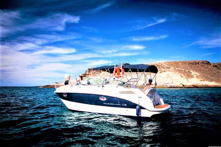 Tenerife motor yacht charter (3) - Teneriffa Motorboot-charter für Gruppen bis zu 6 personen