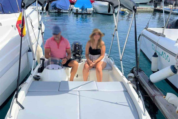 Pronájem lodí bez nutnosti licence v Puerto Colon, až pro 6 osob - 6808