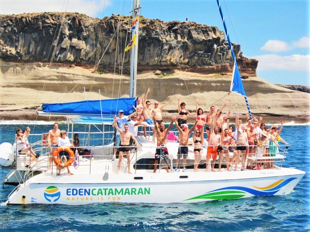 3 órás bálnafigyelő túra Tenerifén az Eden katamaránnal