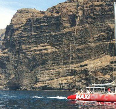 maxicat catamaran tenerife - Catamaran Tour in Tenerife with Maxicat to visit Los Gigantes