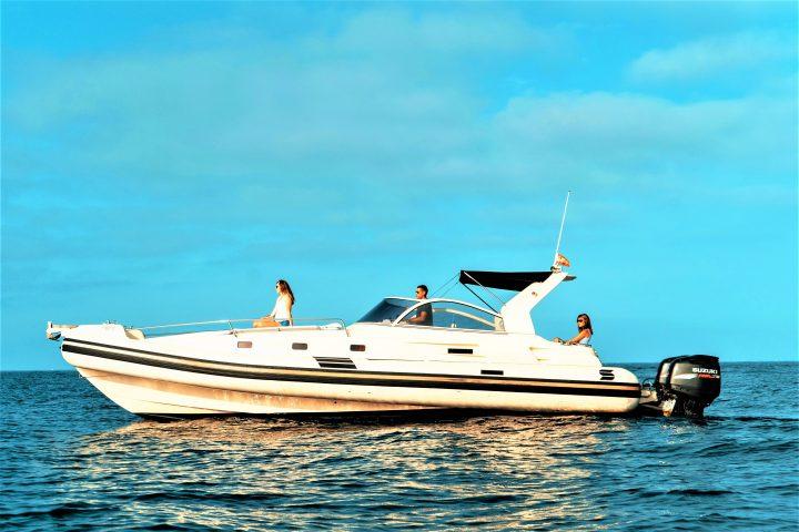 opera 33 RIB charter in Tenerife - Privates Schnellboot auf Teneriffa mieten für bis zu 11 personen