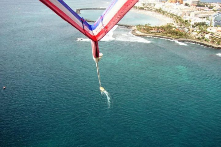 Parascending in Tenerife South - Pacchetto sport acquatici 2: Acquascooter + paracadutismo