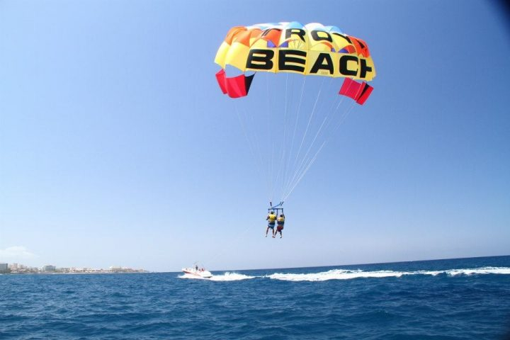 Parascending in Tenerife South - Pacchetto sport acquatici 1: Acquascooter + paracadutismo