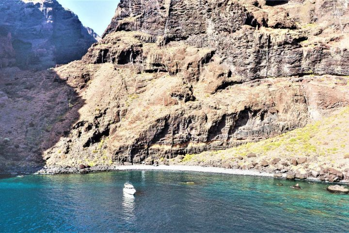 Luxury Motor Boat Charter from Los Gigantes - 5063