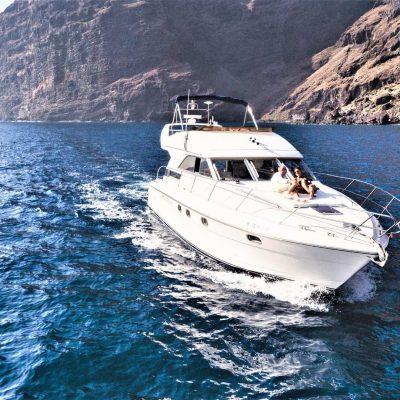 Motor Boat charter Los Gigantes | Luxury Yacht - Pronájem luxusních motorových lodí z Los Gigantes