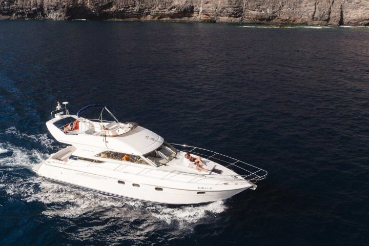 Luxury Motor Boat Charter from Los Gigantes - 5072