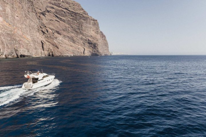 Luxury Motor Boat Charter from Los Gigantes - 5067