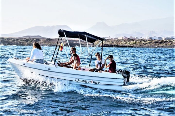 Small Motor Boat Rental without License in Tenerife - 2509