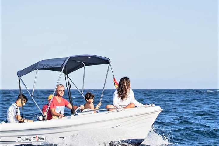 Small Motor Boat Rental without License in Tenerife - 2503