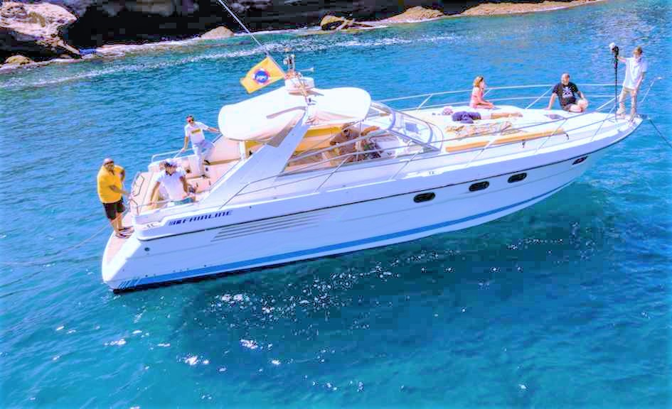 Tenerife Motorboat charter with Fairline 42