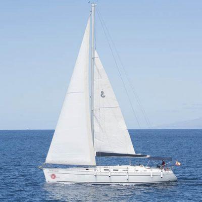tenerife-sailing-boat-charter-white-tenerife (5) - Eksklusiv halv dags yachttur på Tenerife med the White Star